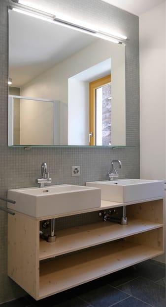 Casa cerentino ferienhaus cerentino bosco gurin for 2 br 2 piani casa bagno